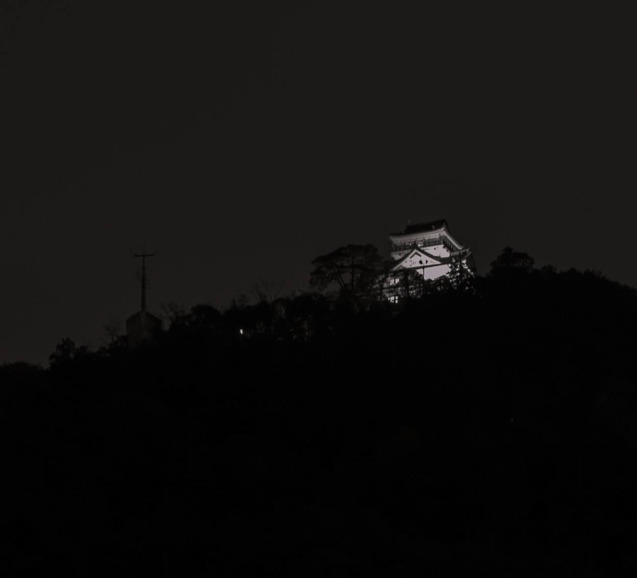 モノクロ金華山